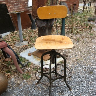 Toledo drafting stools