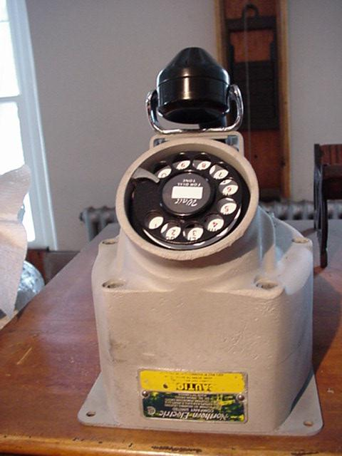 Aluminum explosion proof phone Image