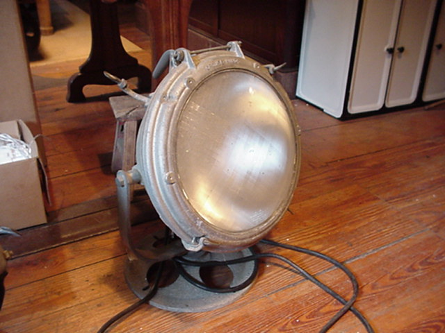Aluminum search light Image