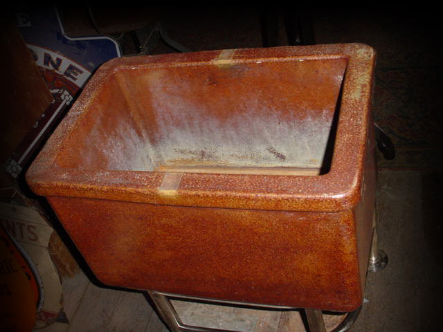 Terracotta Sink Image