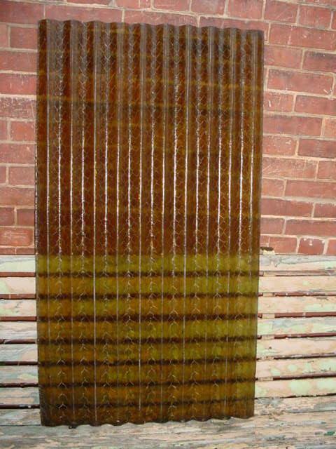 Corrugated Wire Glass Image