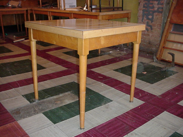 Maple Table 10 Image