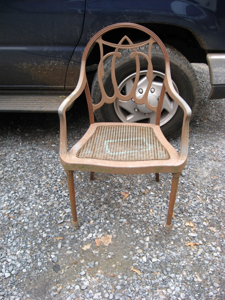 Set of 4 steel and aluminum chairs Image